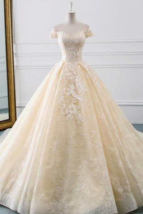 Ball Gown Tulle Lace Appliques Wedding Dress With Train
