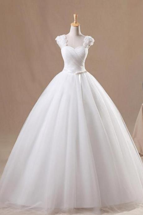 Capped Sweetheart Soft Tulle Ball Gown Wedding Dress With Flowers Floor Length Wedding Gowns Lace Up